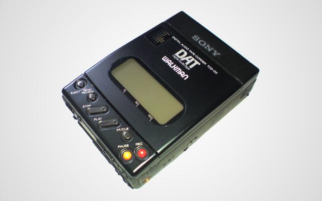 Sony-Walkman-02