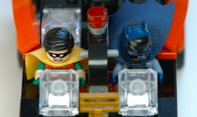 Lego festeja los 50 a os de batman 66 con un incre ble set for Codigos de lego batman