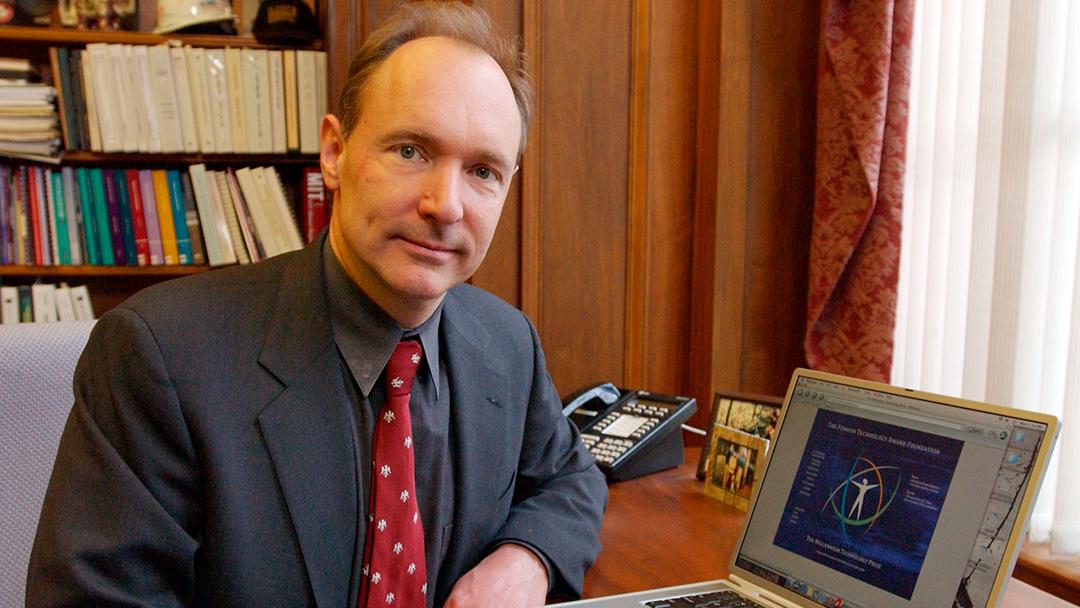 El creador de la Web advierte tres peligros en el futuro de internet