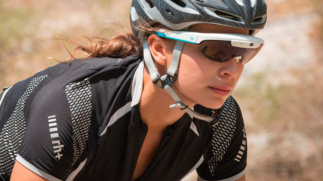 ¡Atención ciclistas! Una compañía está creando gafas de realidad aumentada para hacer más fácil su viaje