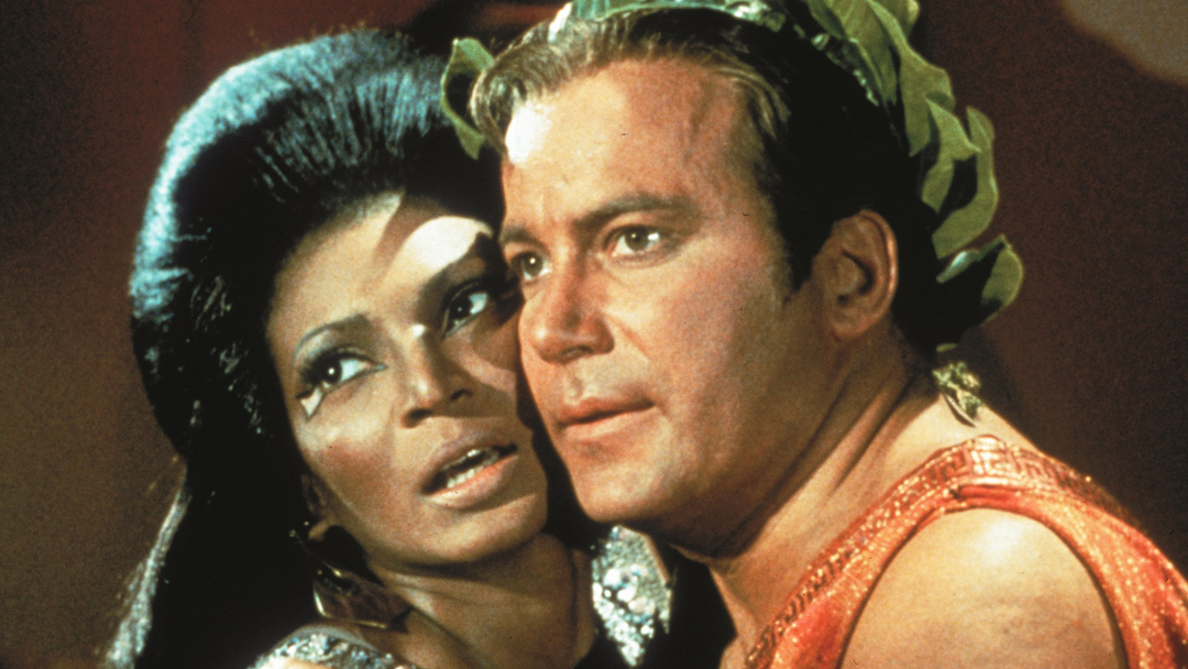 Beso interracial Star Trek
