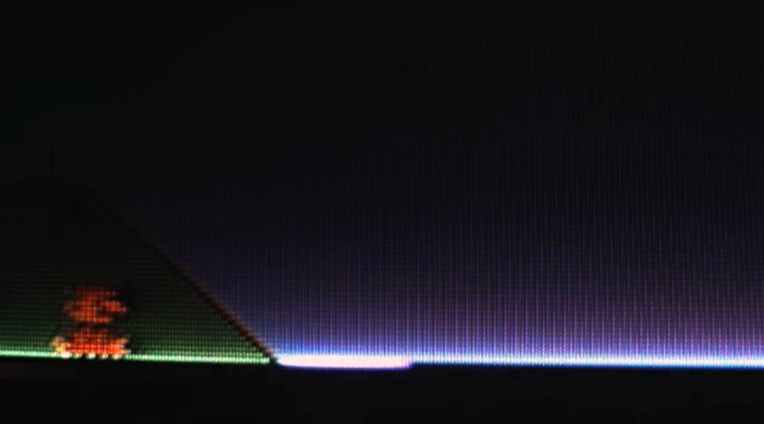 Este video muestra cómo funcionan las viejas televisiones en cámara lenta