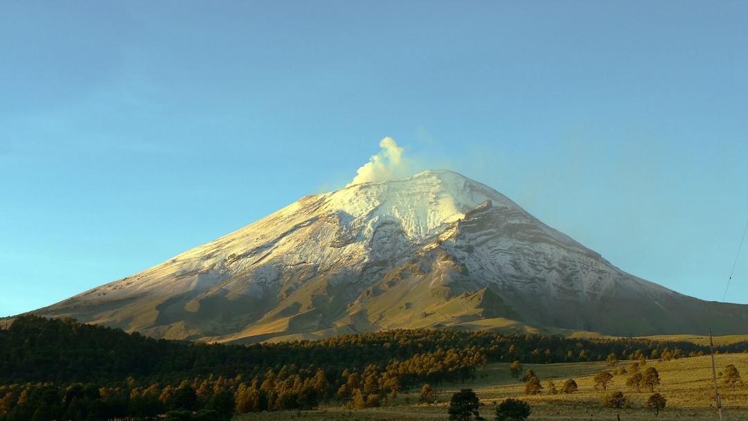 Estados en riesgo si el Popocatépetl hiciera erupción
