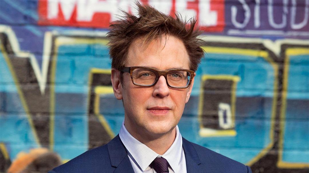 Revelan fotos de James Gunn con temática de pedofilia en Twitter