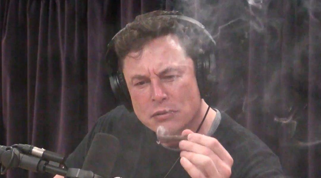 Elon Musk planea construir un avión eléctrico