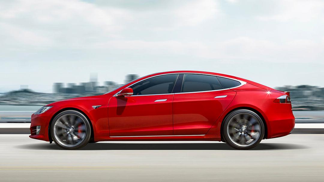 Un Tesla Model S nuevo y funcional