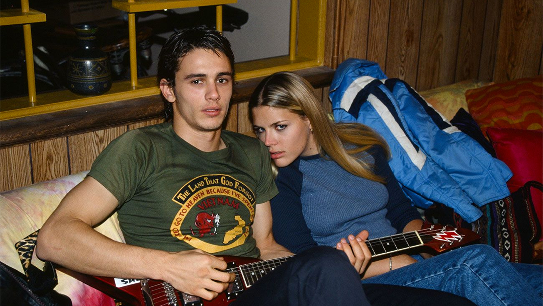 James Franco y Busy Phillips en Freaks and Geeks