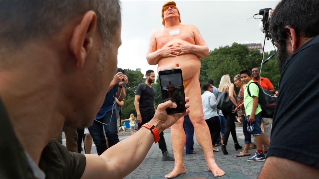 Imágen de escultura Donal Trump