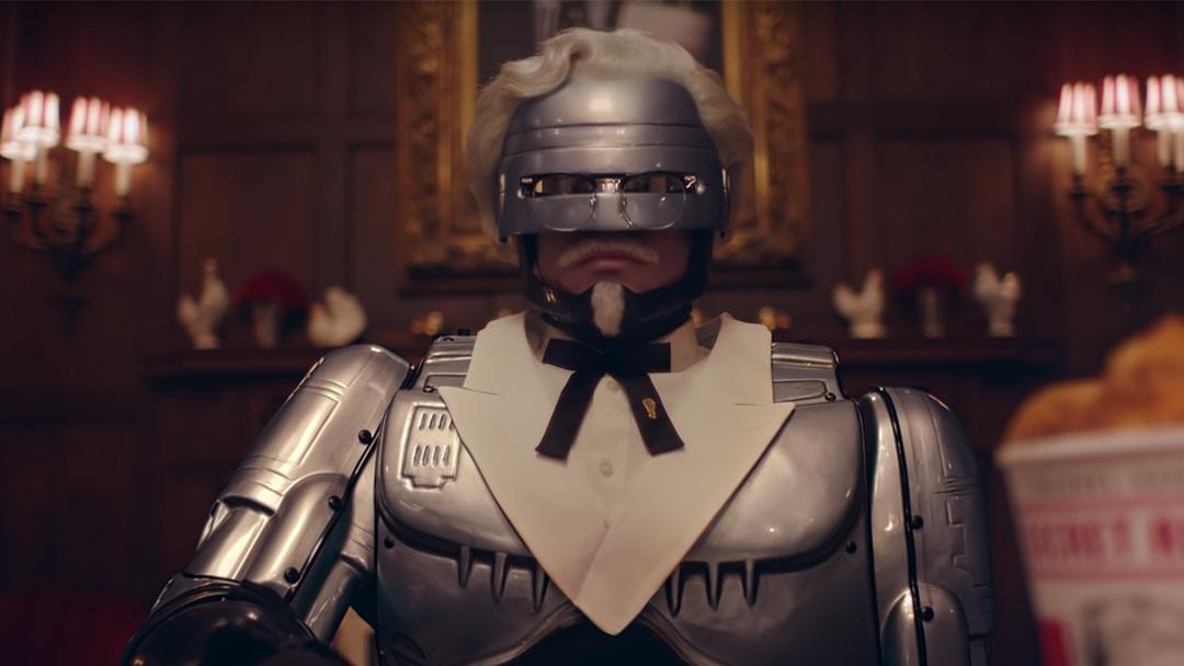Robocop-Sanders-Coronel-Comercial