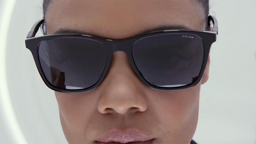 Men in Black-Trailer-2