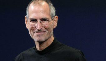 Steve Jobs, WikiLeaks, VIH, Filtración