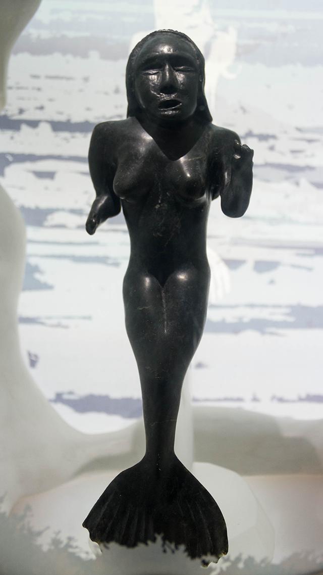 Escultura de la diosa Sedna.