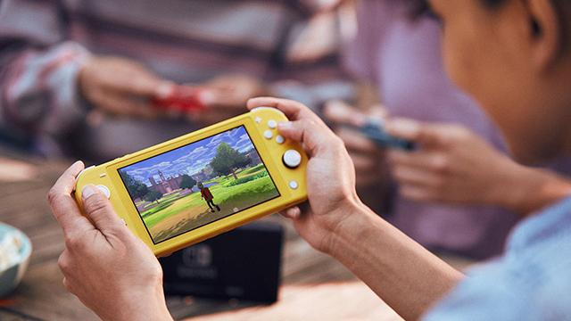 Nintendo Switch Lite 1