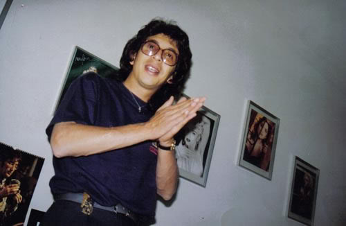 Gus Rodríguez en los 90 y sin gorra.