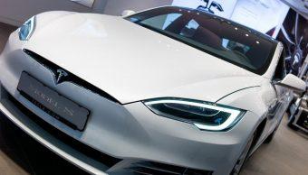 Motor Tesla sonido