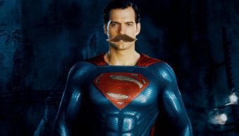 Bigote de Henry Cavill en Justice League