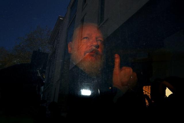 Julian Assange Personajes Década