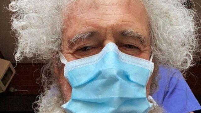 Brian May hospitalizado por partirse el culo