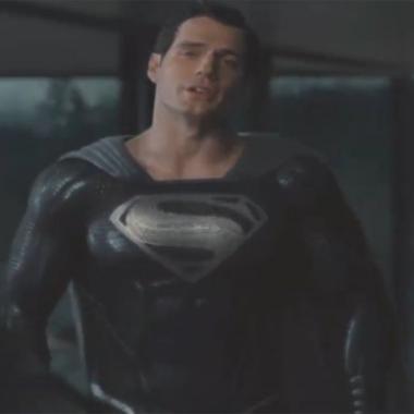 Superman Traje Negro Snyder Cut