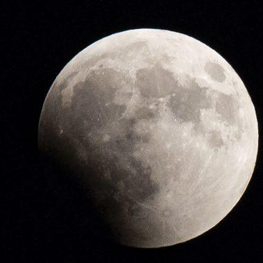 Luna-Oxidada-Atmosfera-Tierra