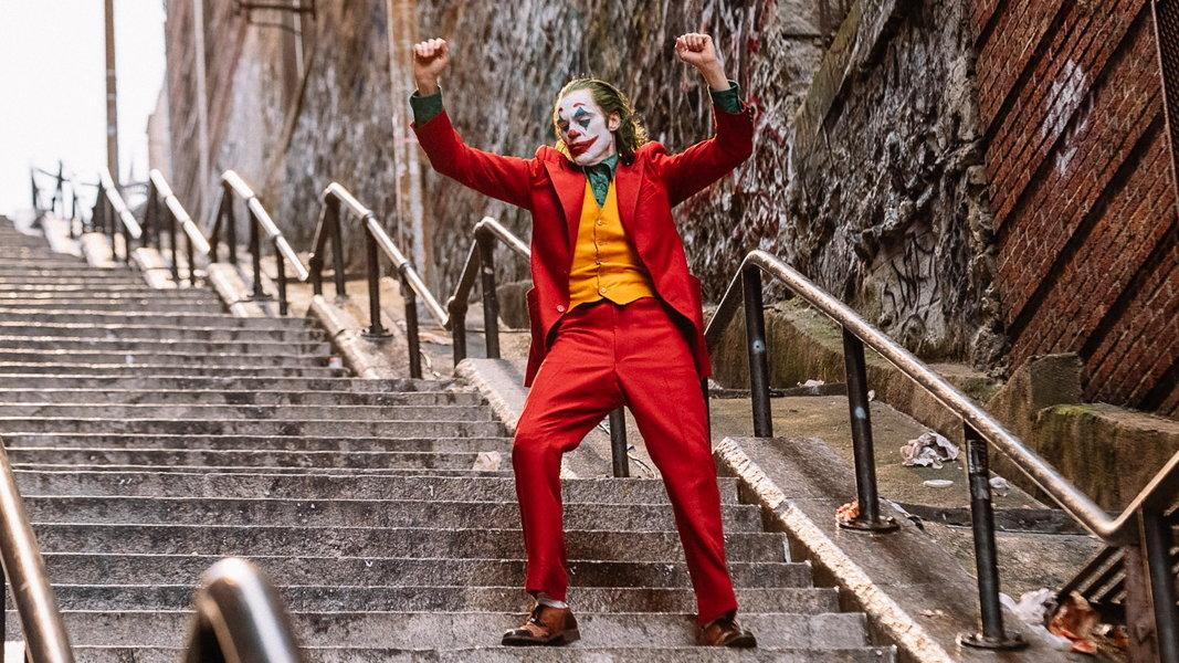 The Joker bailando en la película de Todd Phillips