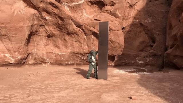 Monolito de Metal en Utah