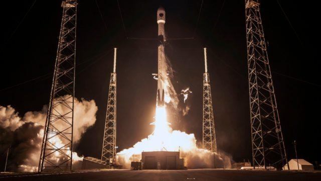 SpaceX pone en órbita el GPS III