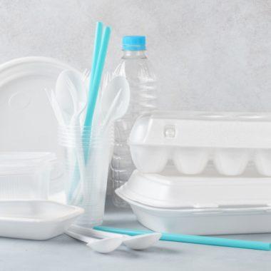 CDMX prohibirá los plásticos desechables