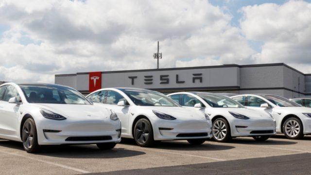 Elon Musk no pudo vender Tesla a Apple