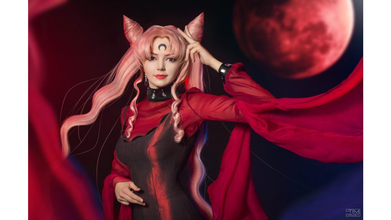 Sailor Moon: Cosplayer hace una magnífica representación de Black Lady
