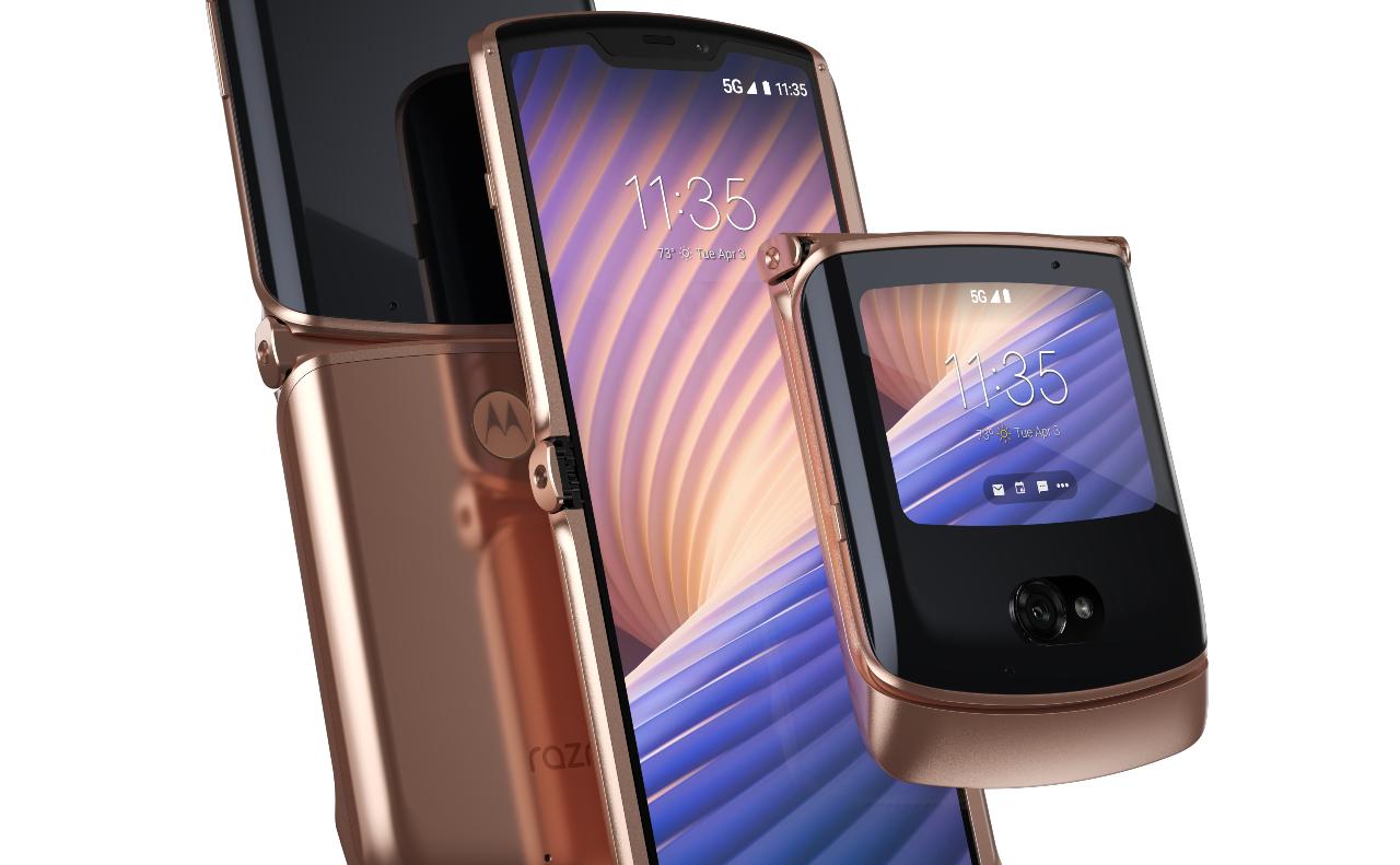 Moto Razr Blush Gold (Motorola).